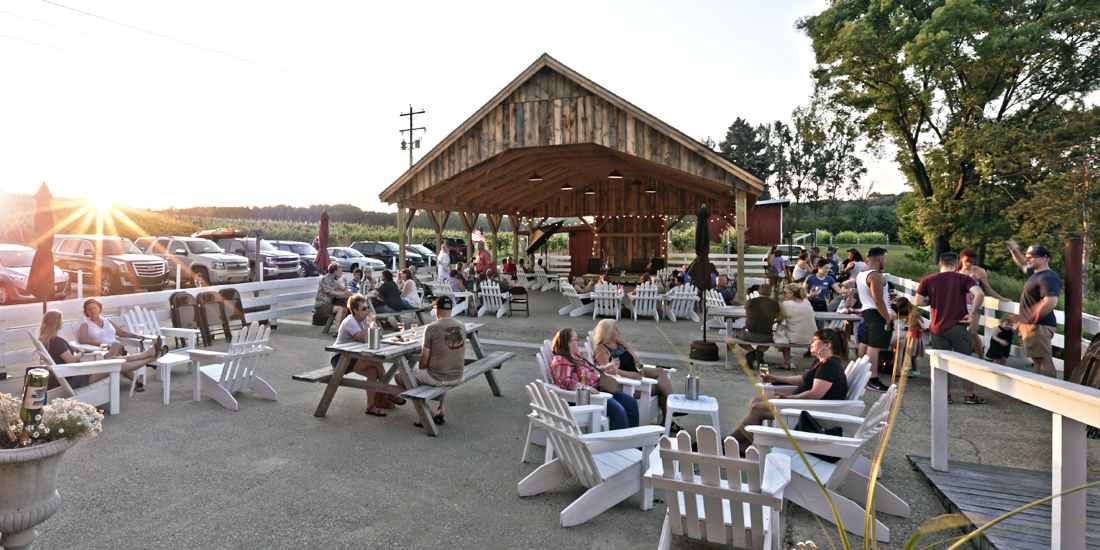 fox barn winery.jpg