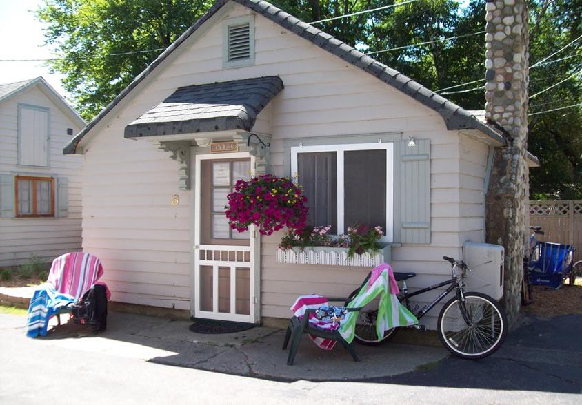 parkview cottages.jpeg