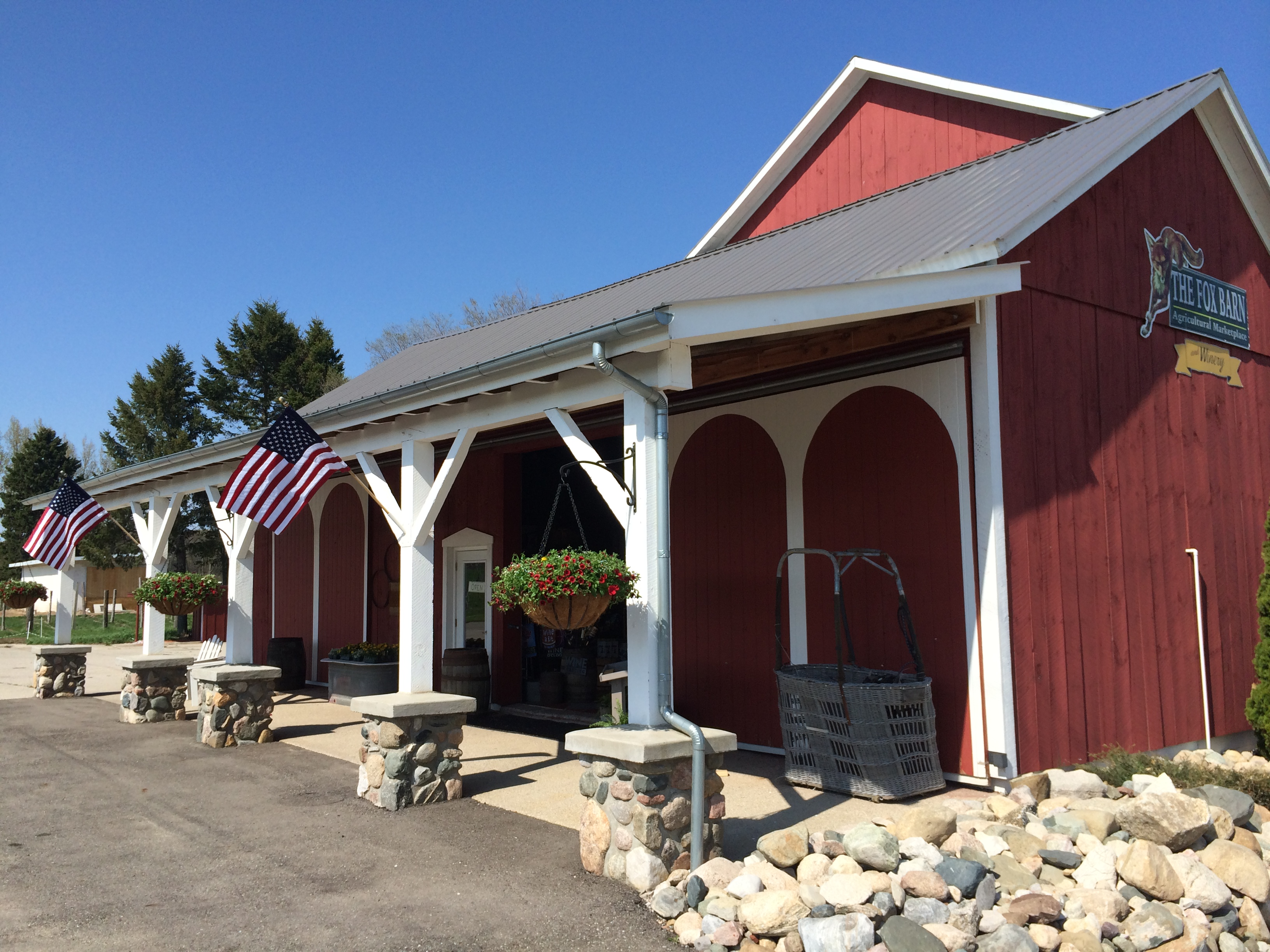 Fox Barn Market & Winery